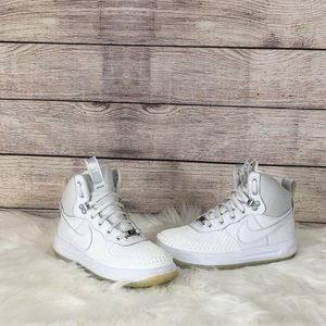 Nike LF1